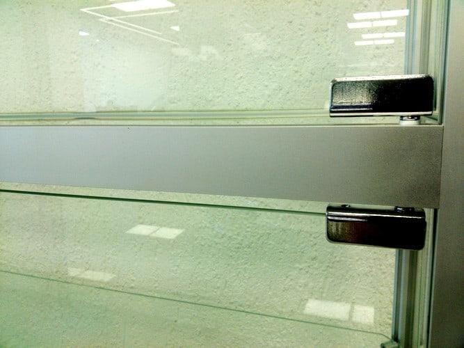 витрины из алюминиевого профиля